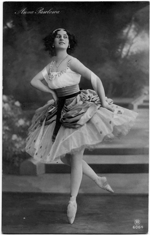 Anna_Pavlova_1912